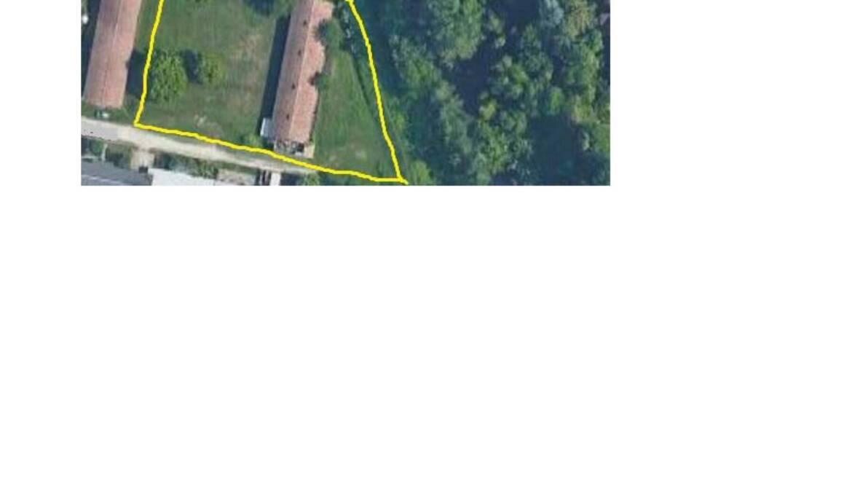 Proposta: vendesi o affittasi capannone e terreno